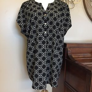 Croat & Barrow Size 2X Black 3 Button Blouse Top